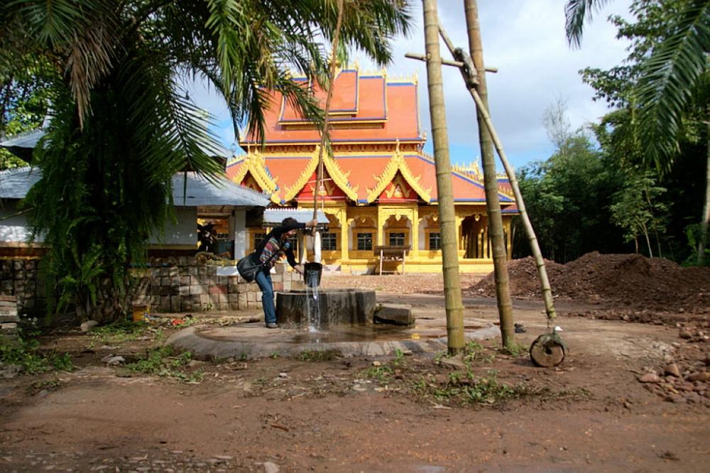傣族传统民居图片