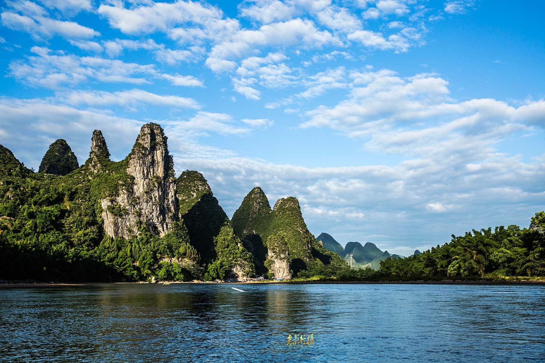 山水画卷,漓江情怀!-桂林是世界著名的风景游览城市,.