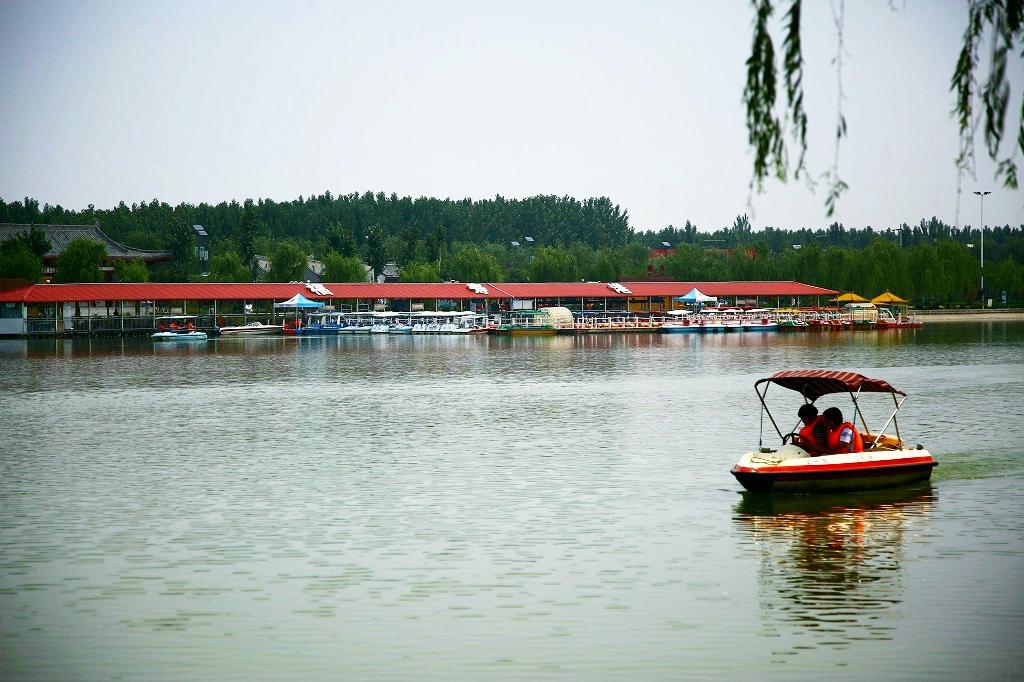同州湖-大荔县同州湖风景区位于洛河大荔城区段,占地4